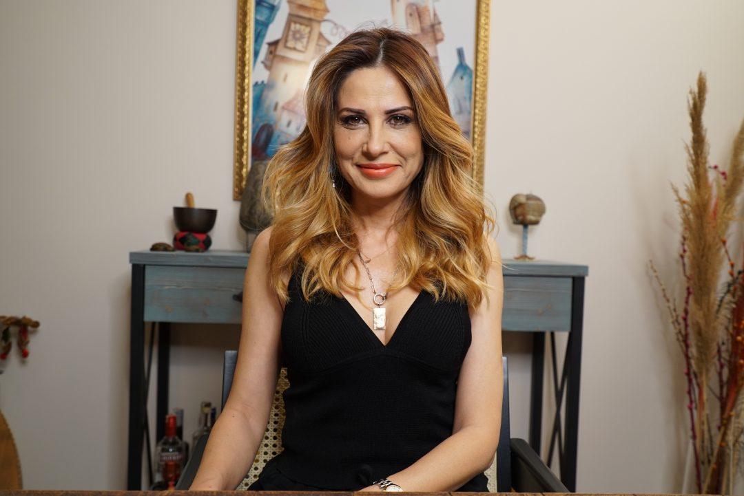 Hande Kazanova